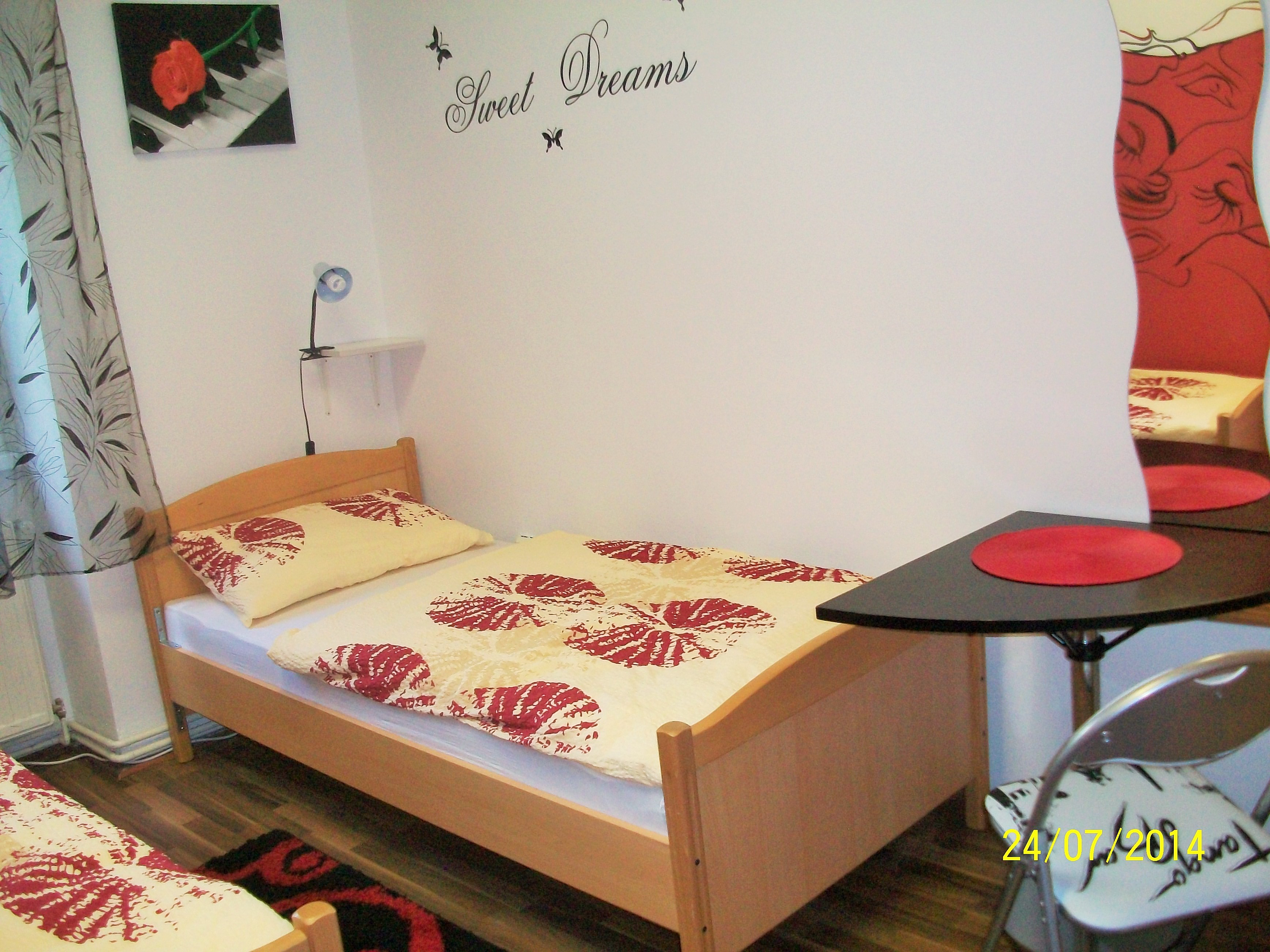 The room with two single beds in the city center Zagreb